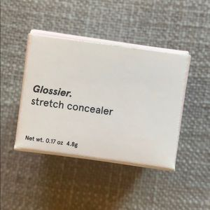 Brand new Glossier stretch concealer.